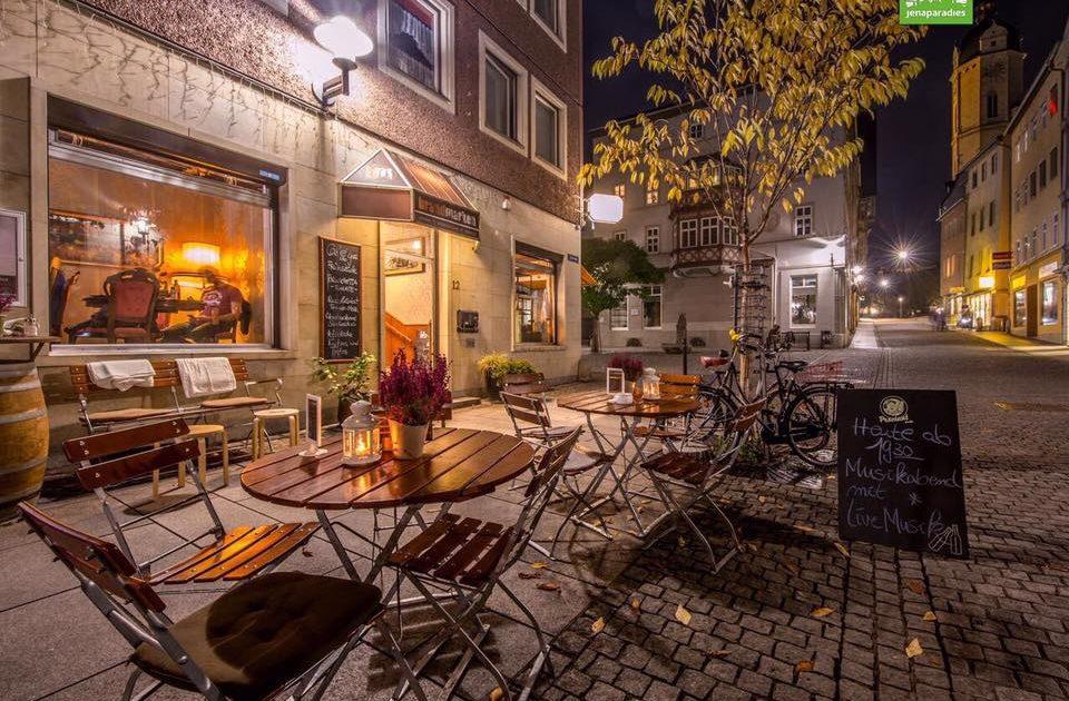 Brandmarken Jena, Boutique und Café