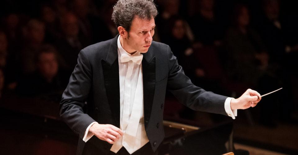 Jeaner Philharmonie, Generalmusikdirektor Simon Gaudenz