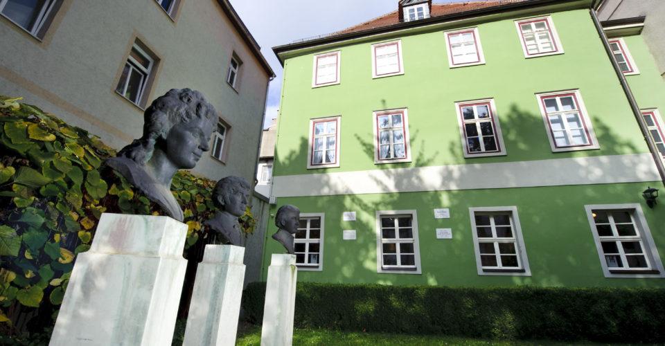 Romantikerhaus Jena, Literaturmuseum