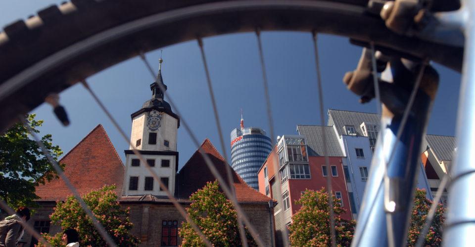 Jena, Thüringen, Fahrrad, Radfernweg Thüringer Städtekette, Fahrradverleih und Fahrradwerkstätten, Entdeckungstour durch Jena per Rad, Rathaus