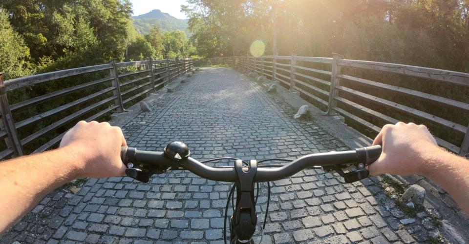 Radfahrer_Staedtekette-Burgauer-Bruecke-Jena-11_web
