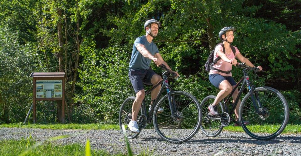 Radfahrer_Staedtekette-Ziegenmuehle-Schleifreisen-2_web