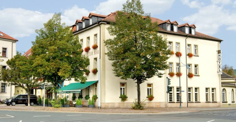 Jena-Schwarzer Baer-Hotel außen_web